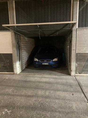 Lock up garage parking on Harris St in Pyrmont