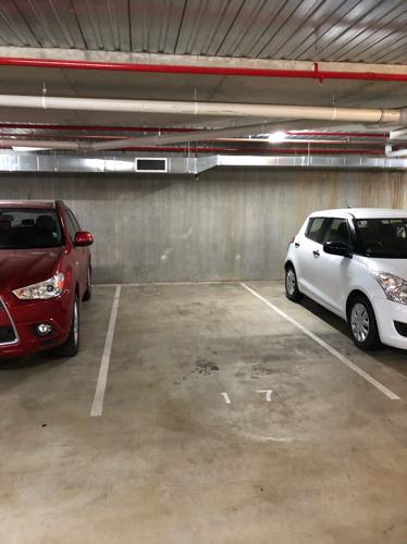 parking on Kerridge Street in Kingston ACT