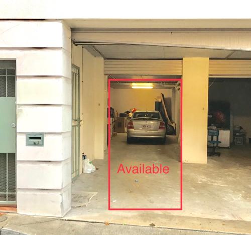 Lock up garage parking on Stanley Lane in Darlinghurst NSW