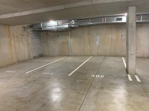 parking on Barker Street in New Farm
