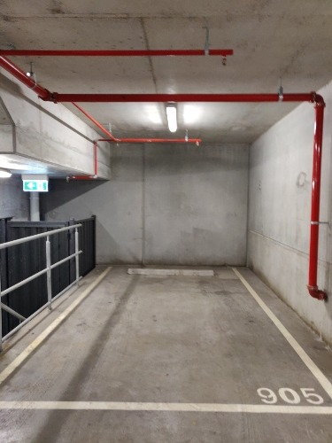 Great Parking Space opp district docklands.jpg