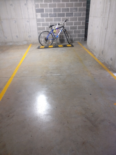 Lock up garage parking on Balmoral St in Waitara NSW 2077