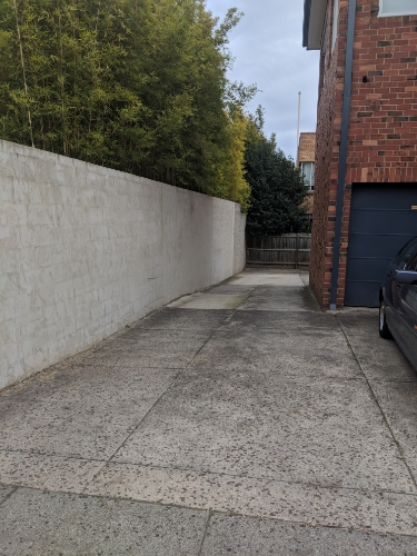 Driveway parking on Toorak Road in Toorak VIC