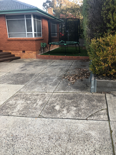 parking on Port Arthur St in Lyons ACT 2606