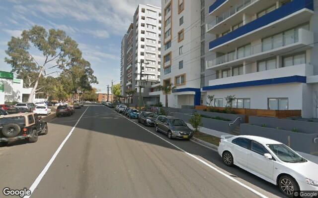 parking on River Rd W in Parramatta NSW 2150