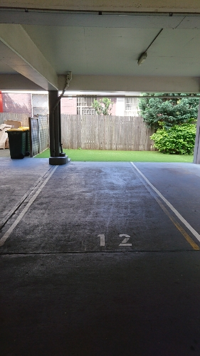 parking on Rainbow St in Kingsford