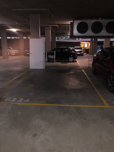Indoor lot parking on Pacific Hwy in Crows Nest