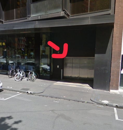 Indoor lot parking on A'Beckett St in Melbourne VIC 3000