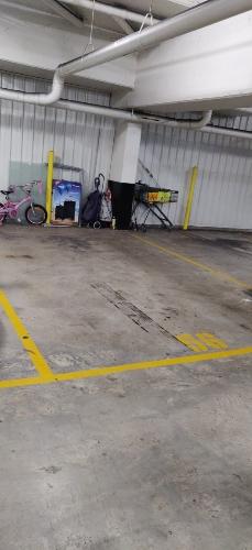 parking on Walker St in Rhodes