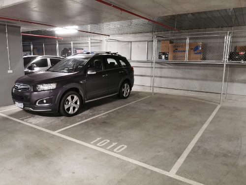 parking on Dorcas St in Southbank VIC 3006