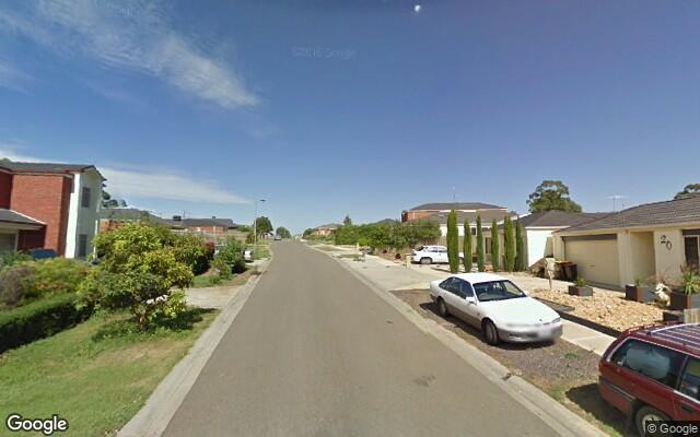 Driveway parking on Pepper Cl in Diggers Rest VIC 3427