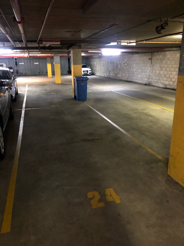 Lock up garage parking on Yeo St in Neutral Bay NSW 2089