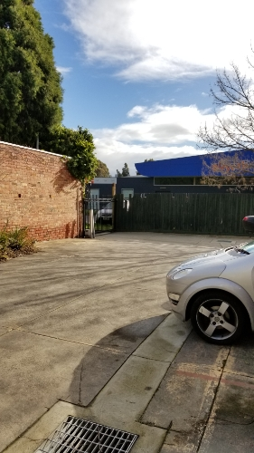 Outdoor lot parking on The Avenue in Windsor VIC 3181