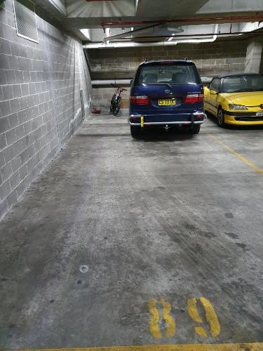 parking on Beresford Rd in Homebush