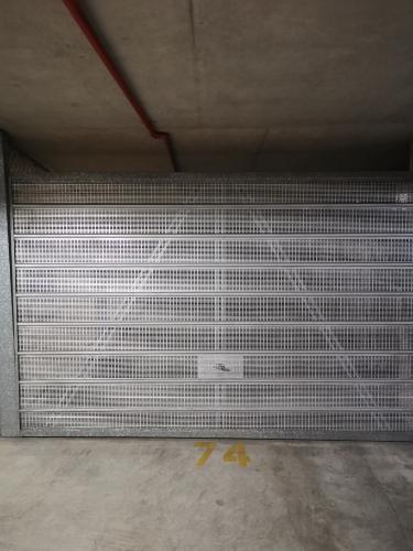 Lock up garage parking on Military Rd in Cremorne NSW 2090