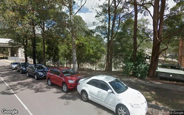 parking on Khartoum Rd in Macquarie Park