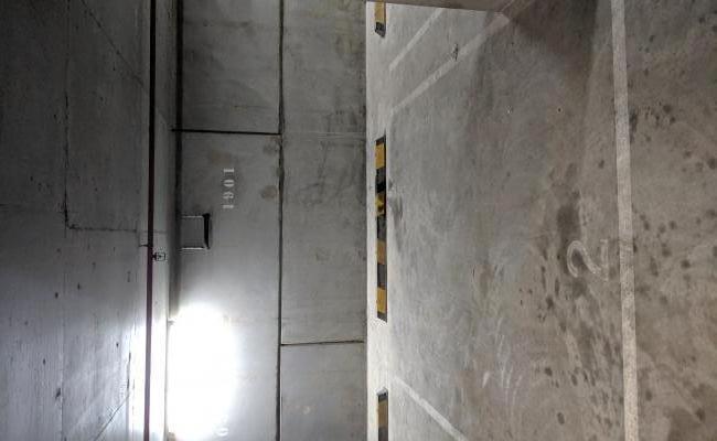 Indoor lot parking on Spencer Street in Melbourne VIC 3000