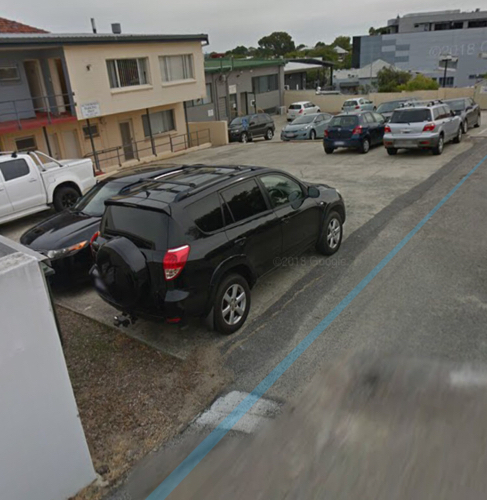 parking on Scarborough Beach Rd in Mount Hawthorn