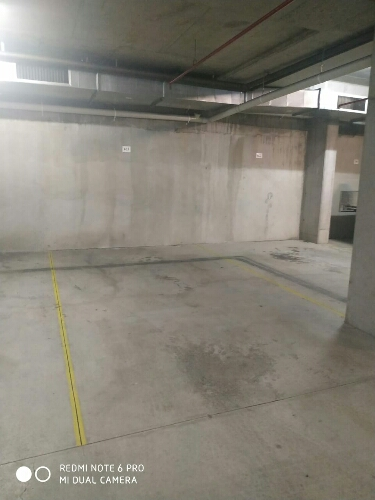 Safe covered car parking space on rent in Parramatta