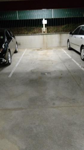 Indoor lot parking on Fullerton in 11 Fawkner St