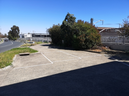 Outdoor lot parking on Station St in Nunawading