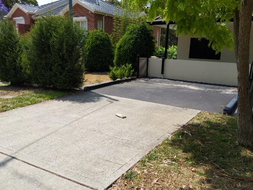 Driveway parking on Canonbury Grove in Bexley North NSW 2207