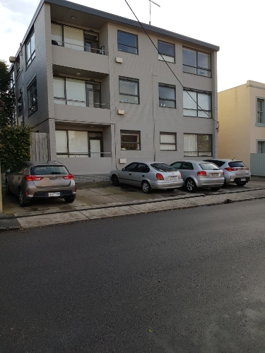parking on Alexandra St in South Yarra
