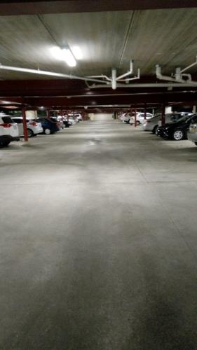 parking on Fullerton in Fawkner St