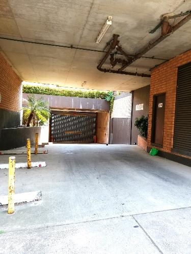parking on Elizabeth St in Surry Hills