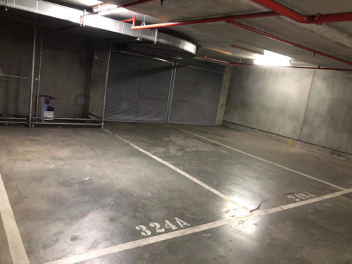 Indoor lot parking on City Rd in Southbank