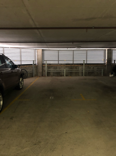 Secured parking space/next to Kings Cross station