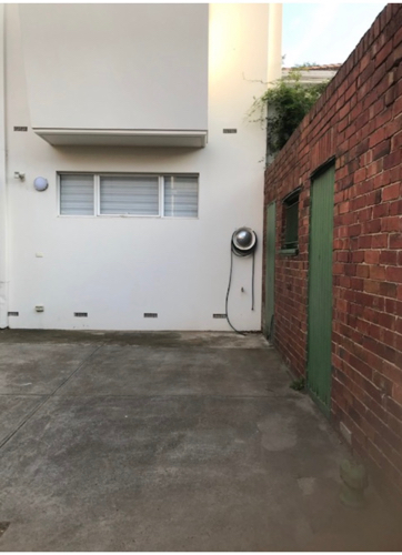 Driveway parking on Bromby St in South Yarra