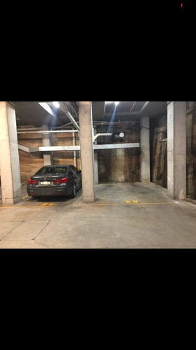 parking on Harvey St in Pyrmont