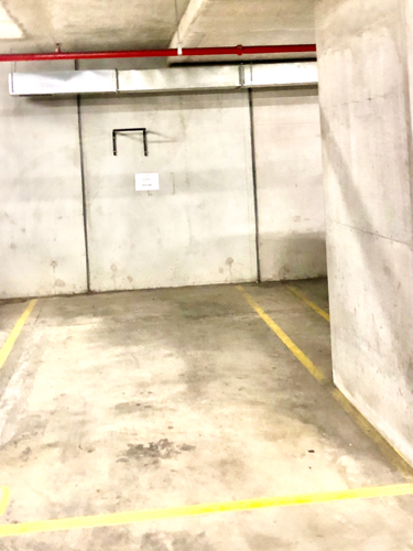 Indoor lot parking on Spencer St in Melbourne