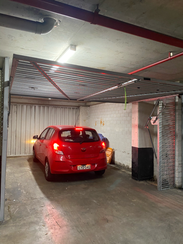 Lock up garage parking on Miller St in Pyrmont