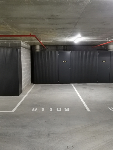 Lock up garage parking on London Cct in Canberra