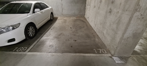 Indoor lot parking on Haig St in Southbank