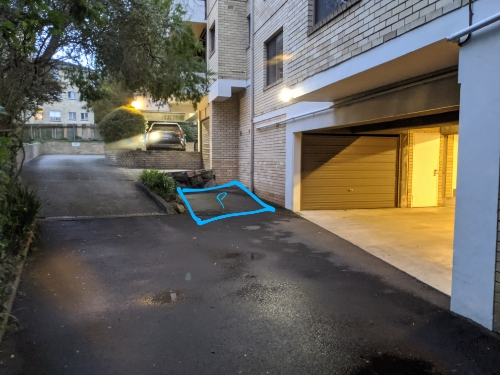 Driveway parking on Ivy Street in Wollstonecraft New South Wales