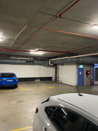 Great above ground secure parking spot, in Pyrmont, 10 mins walk from darling harbour