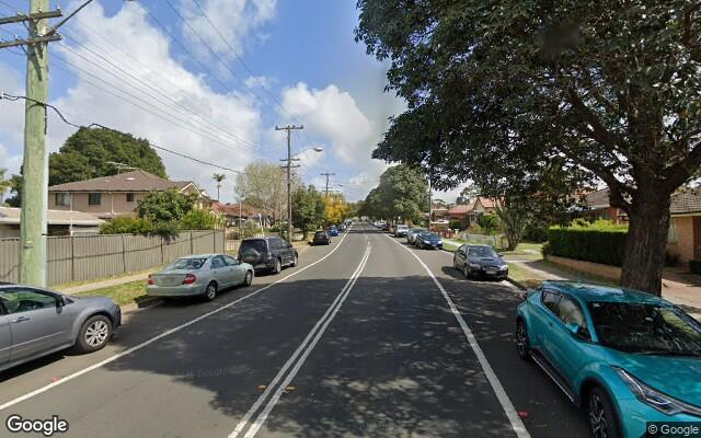 2 Minute Walk from Revesby Station!