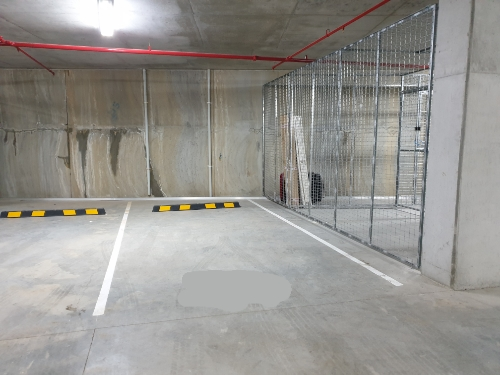 Indoor lot parking on Maple Tree Rd in Westmead