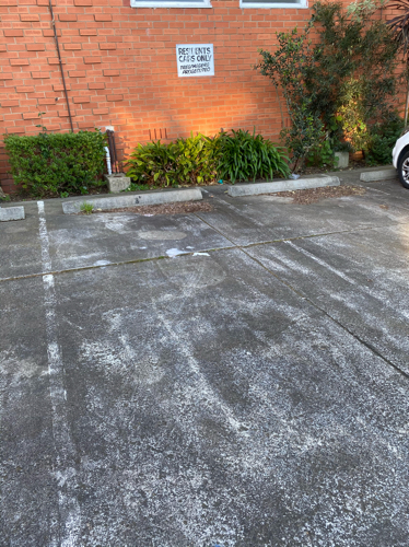 Outdoor parking spot in a quiet culdesac close to East Richmond Station Swan Street and Bridge Rd