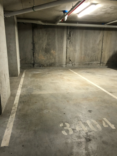 Safe parking, a minute walk away from parramatta station and Westfield mall.