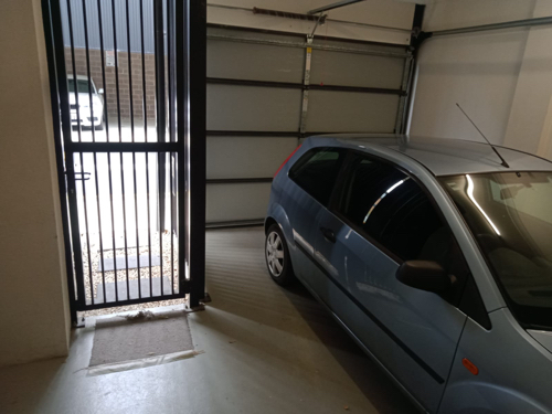 Lock up garage parking on Candle Road in Port Melbourne Victoria