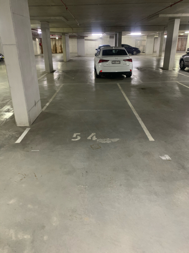 Wolli Creek - Secured Undercover Parking Near Train Station