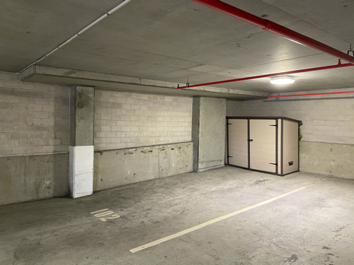 Cheap Large Private Parking