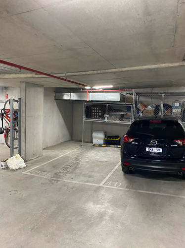 Collingwood - Secure Indoor Parking Near Tram Line