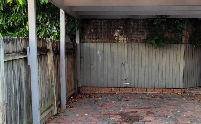 Well located carport available 24/7 close to Crows Nest shopping area