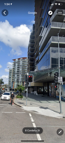 Parking space in a safe high end building in boundary st south Brisbane/west end 800 meters to CBD